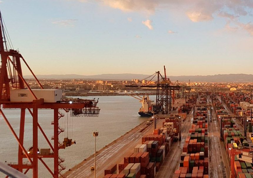Possible strike to be called by stevedores in Spanish ports